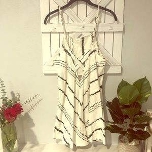 Dresses & Skirts - Black and white linen/cotton ROMPER